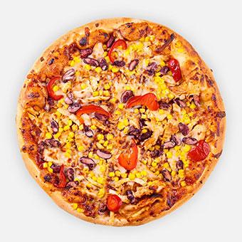 BBQ, chili, csirkemell, póréhagyma, kukorica, vörös bab, sült paprika, mozzarella