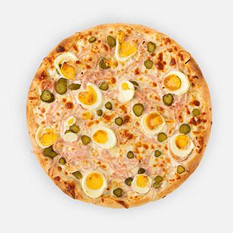 Májki pizza (32 cm) - sajtkrém alap, sonka, főtt tojás, csemegeuborka, sajt - www.pizzarello.hu