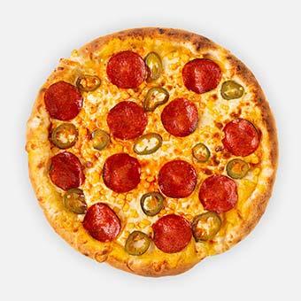 Cheddar Jack pizza (32 cm) - cheddar alap, paprikás vastagkolbász, kukorica, jalapeno, sajt - www.pizzarello.hu